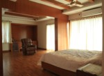 360 Degree waterfront apartment near Lakeshore,crown plaza, Le-Meridian for sale