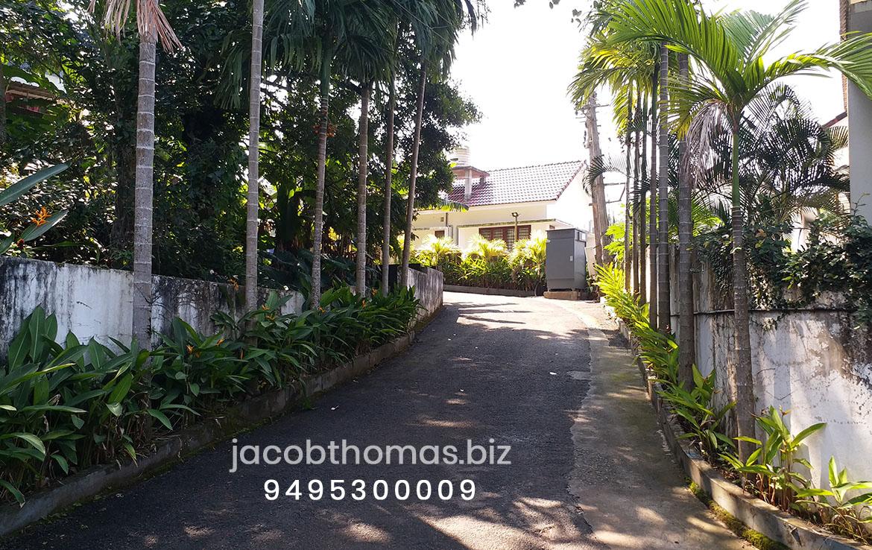 Luxury villas for sale in Kochi