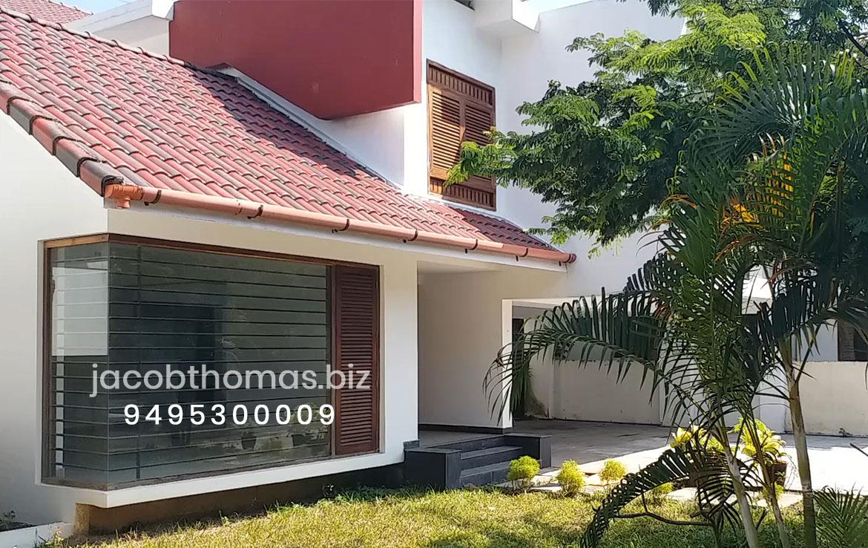 Luxury villa in kakkanad