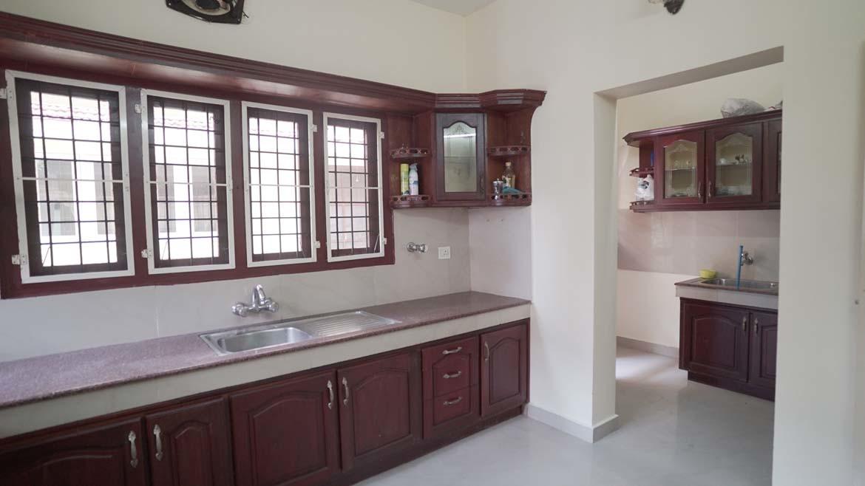 Luxury waterfront villa north Pravur - Kitchen